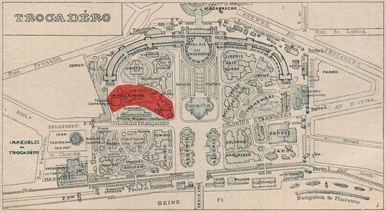 Triển lãm thế giới 1900, trong khu vực Trocadéro, triển lãm Đông Dương là chỗ tô màu đỏ.
