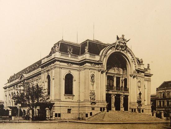 Nhà hát lớn Sài Gòn.