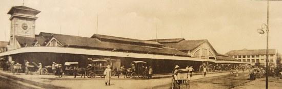 Toàn cảnh chợ Bến Thành.