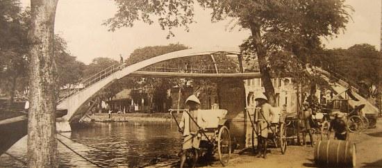 Cầu X ở Chợ Lớn, do kiến trúc sư Brossard và Mopin xây dựng.