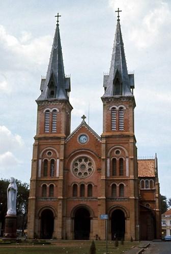 Nhà thờ Đức Bà Sài Gòn.