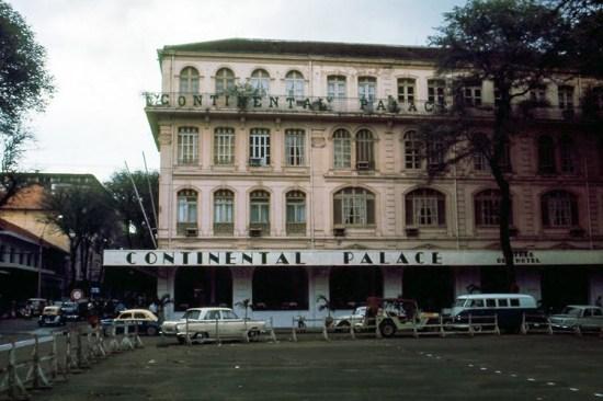 Khách sạn Continental Palace trứ danh.