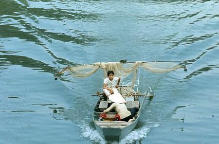 Trên sông Sài Gòn.