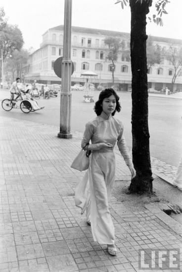 Redsvn-Ao-dai-Sai-Gon-1961-02