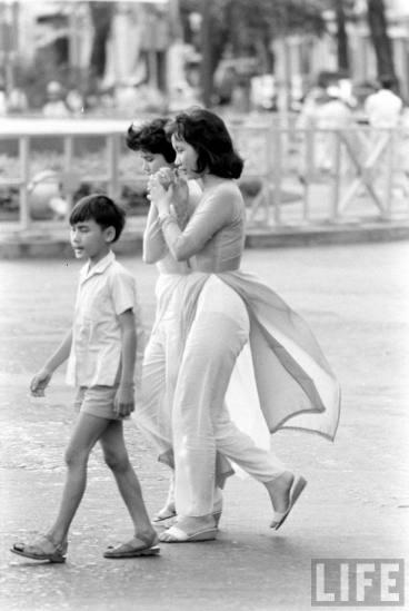 Redsvn-Ao-dai-Sai-Gon-1961-10