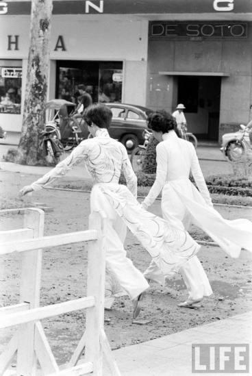 Redsvn-Ao-dai-Sai-Gon-1961-11