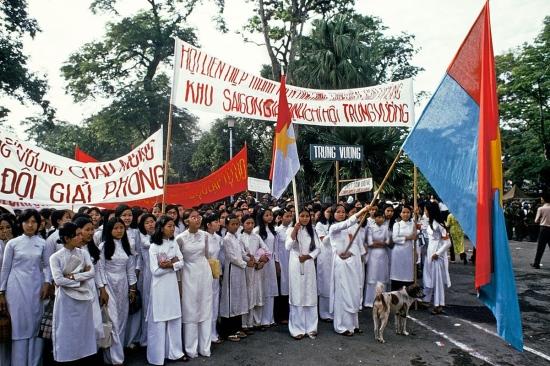 Đoàn phụ nữ của Hội Liên hiệp Thanh niên Việt Nam, chi hội Trưng Vương, khu Sài Gòn - Gia Định.