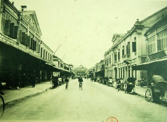 Phố Paul Bert (Tràng Tiền), Hà Nội.