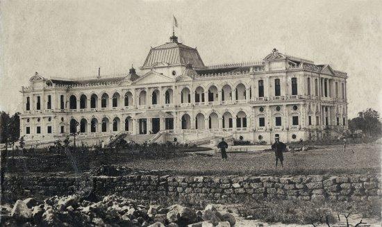 Dinh toàn quyền năm 1875, thời điểm vừa xây dựng xong