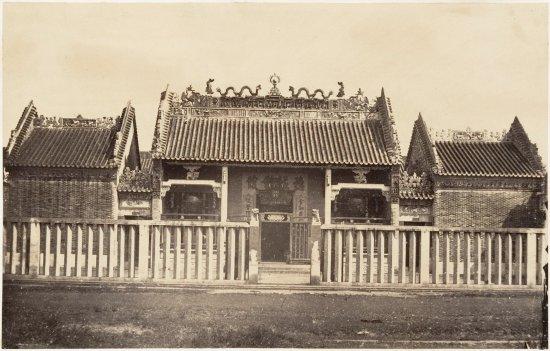 Chùa của người Hoa ở Chợ Lớn năm 1866.