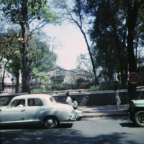 Công viên Chi Lăng và đường Tự Do (đường Đồng Khởi).