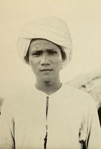 Một trưởng làng người dân tộc Chăm ở vùng Trung Nam Bộ của Việt Nam.