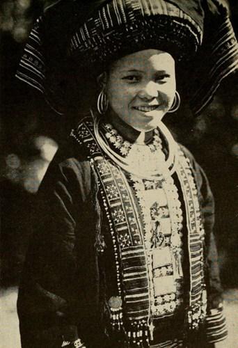 Thiếu nữ Mán ở Hà Giang.
