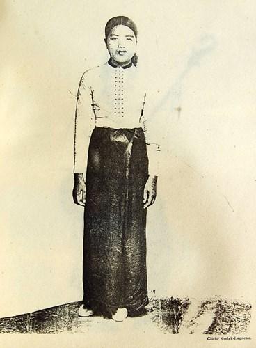 Phụ nữ Thái Trắng.