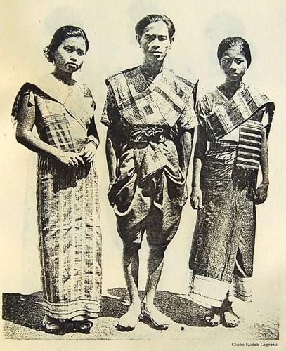 Các vũ công Lào ở Viêng Chăn.