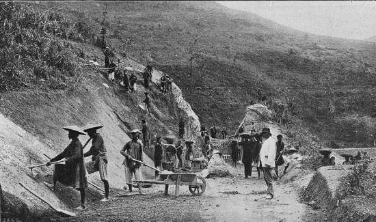 Thi công tuyến đường sắt Phủ Lạng Thương (Bắc Giang) - Lạng Sơn.