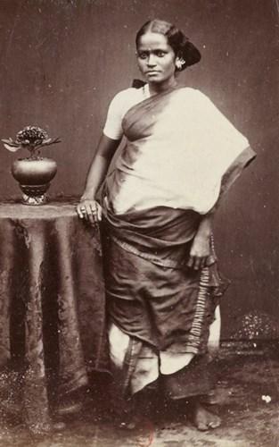 Thiếu nữ Ấn Độ ở Sài Gòn.