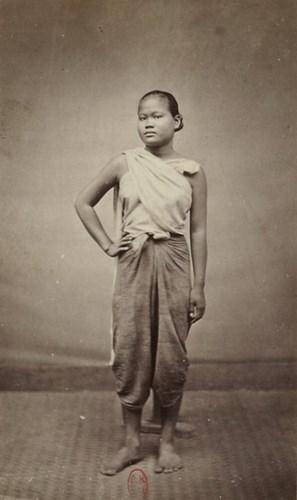 Thiếu nữ người Campuchia.