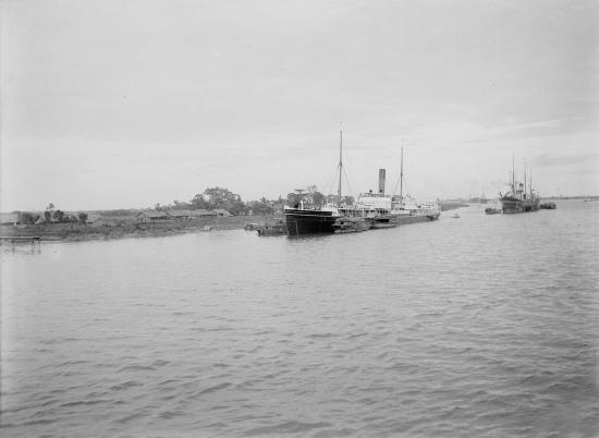 Trên sông Sài Gòn, 1904.