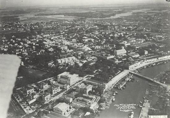 Toàn cảnh Hải Phòng nhìn từ không trung năm 1931.