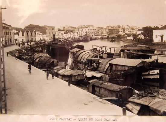 Bến thuyền Tam Bạc.