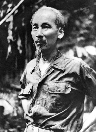 Hồ Chủ tịch sau ngày toàn quốc kháng chiến chống thực dân Pháp thắng lợi (1954