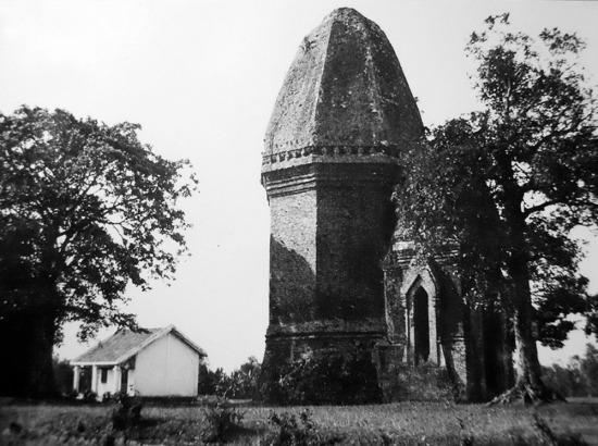 Tháp Bàng An của người Chăm.