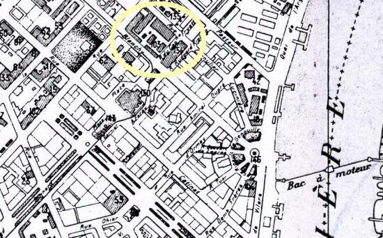 Năm 1881, một nhà máy sản xuất thuốc phiện lớn đã được người Pháp xây dựng ở trung tâm Sài Gòn. Vị trí nhà máy ngày nay thuộc khu phố 4 phường Bến Nghé, Q1, TP HCM.