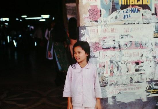 Bé gái Sài Gòn.