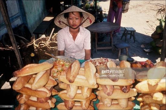 Quầy hàng bánh mỳ.