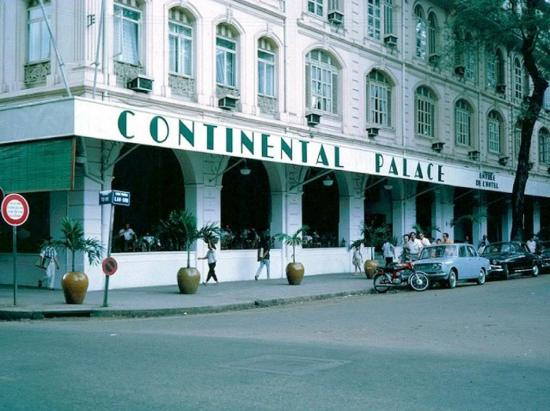 Khách sạn Continental Palace.