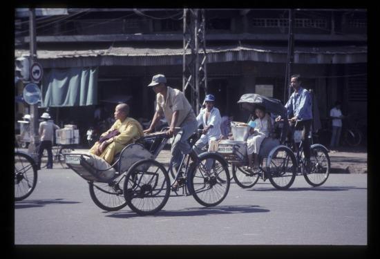 Ngã tư Trần Hưng Đạo - Nguyễn Thái Học.