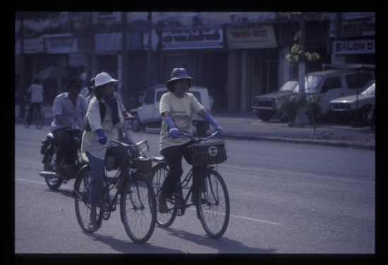 Giao thông trên đường Trần Hưng Đạo.